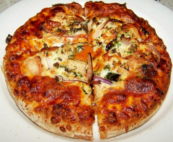 Pizza-kieu-Canada